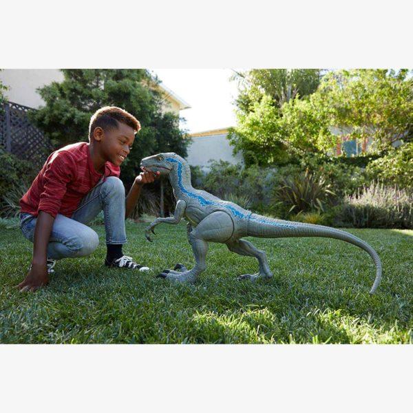 Jurassic World Super Colossal Velociraptor Kids Toy